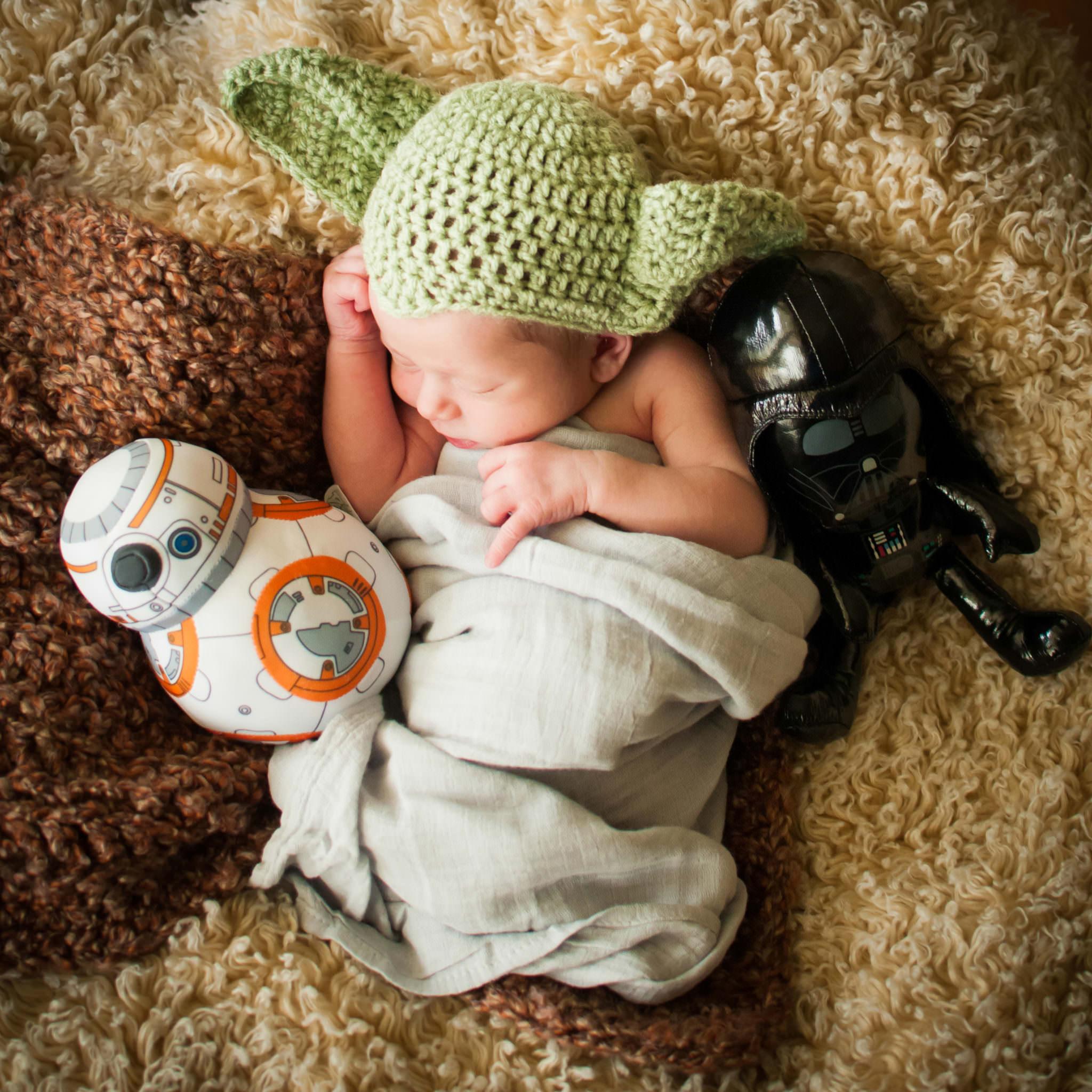Newborn baby in yoda hat, Styled Baby Photographer in Livonia