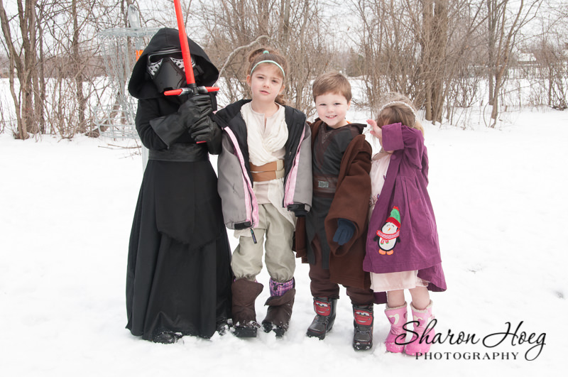 Cousins lined up in star wars costumes, Northville Child Photographer