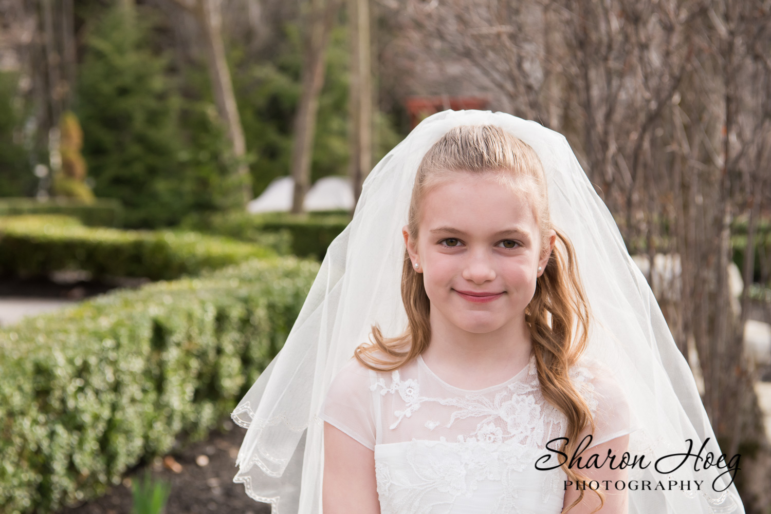 young girl white flower girl dress and veil, first communion photography metro detroit