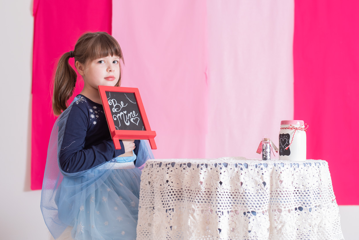 child photographer metro detroit, valentine's day mini sessions