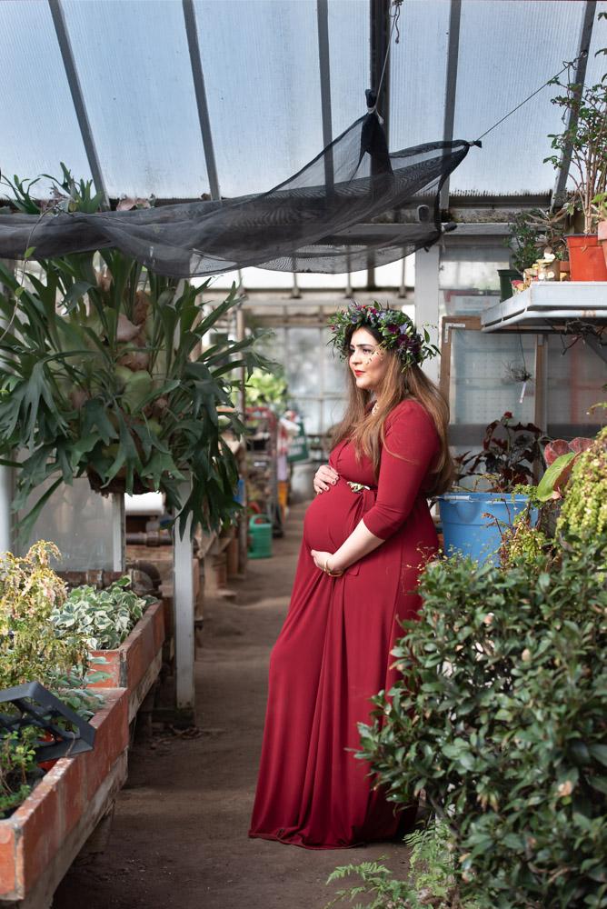 lifestyle maternity photographer, modern photography