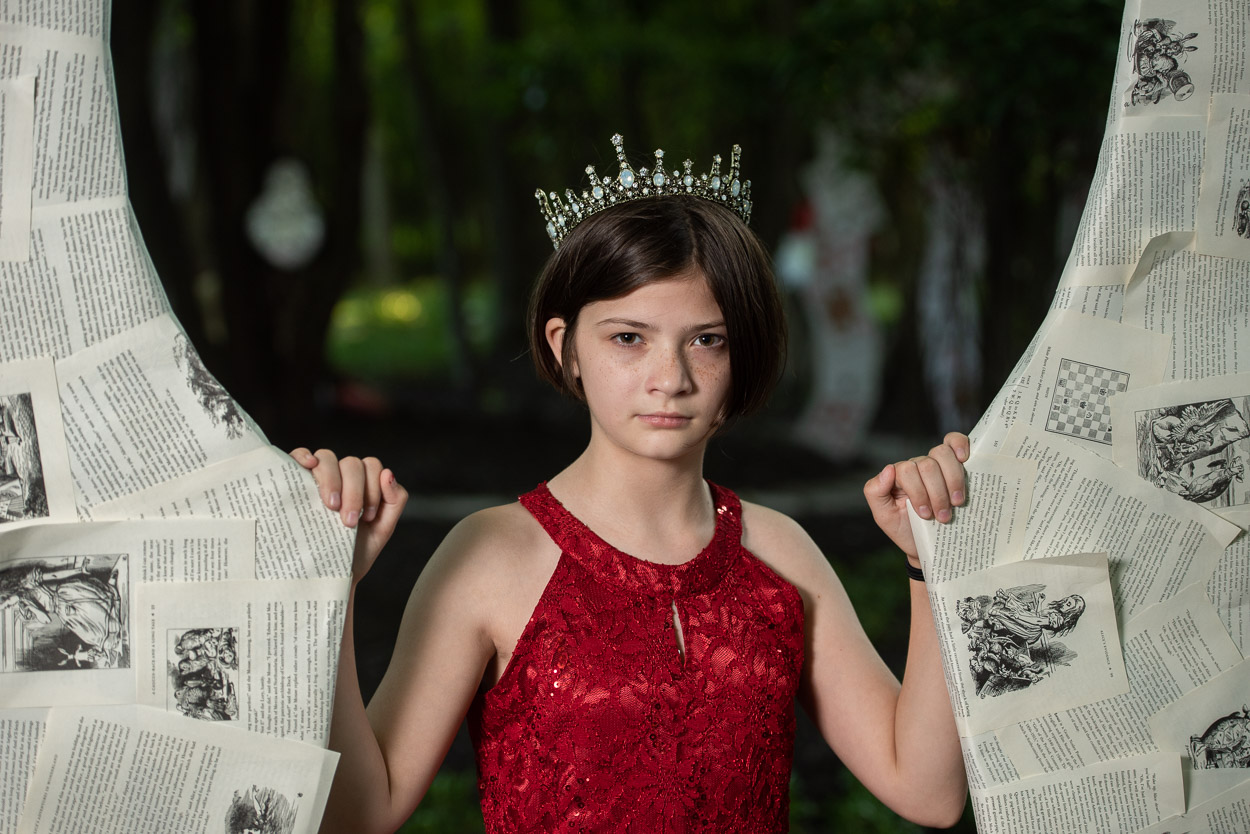Red Queen, Alice in Wonderland Photography, South Lyon Photographer